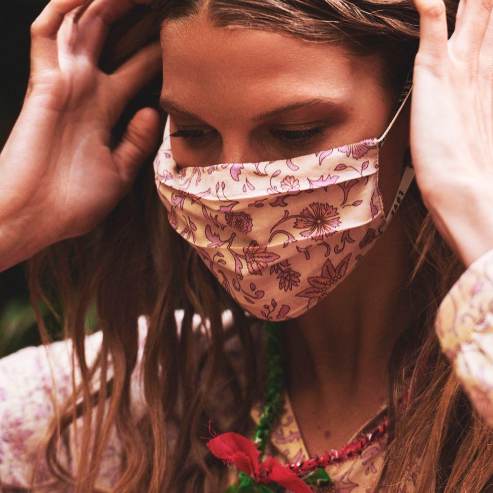 Cover Batik Floral Mauve