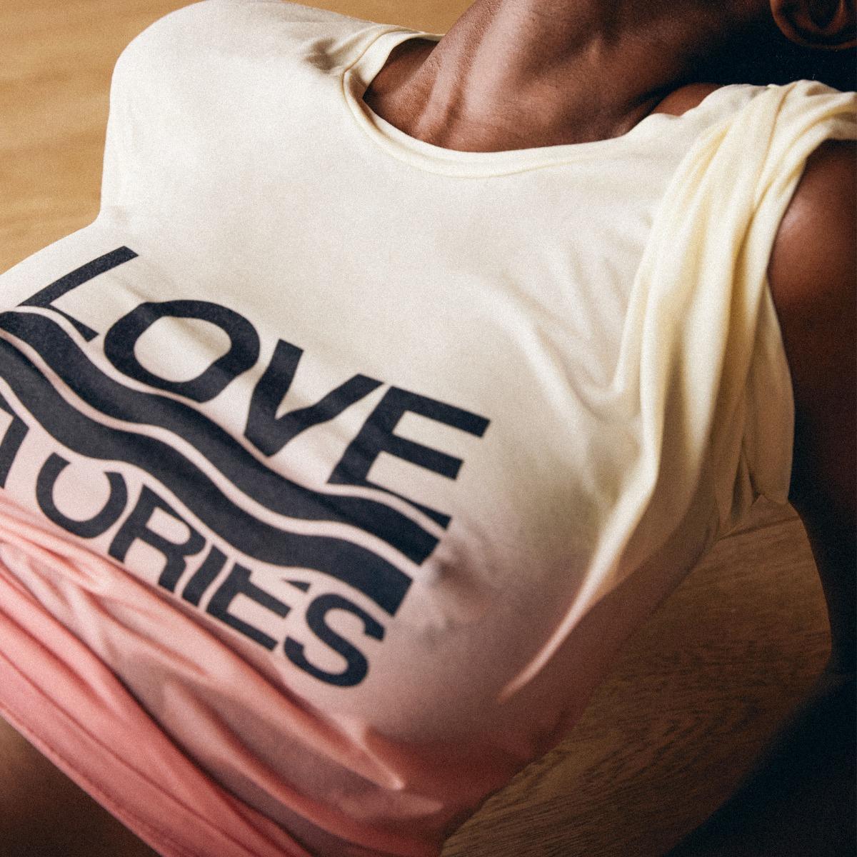 Love stories Camiseta Josie