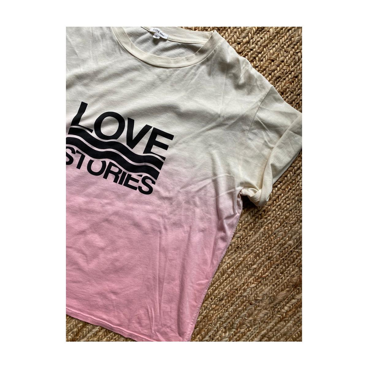 Love stories Josie T-Shirt