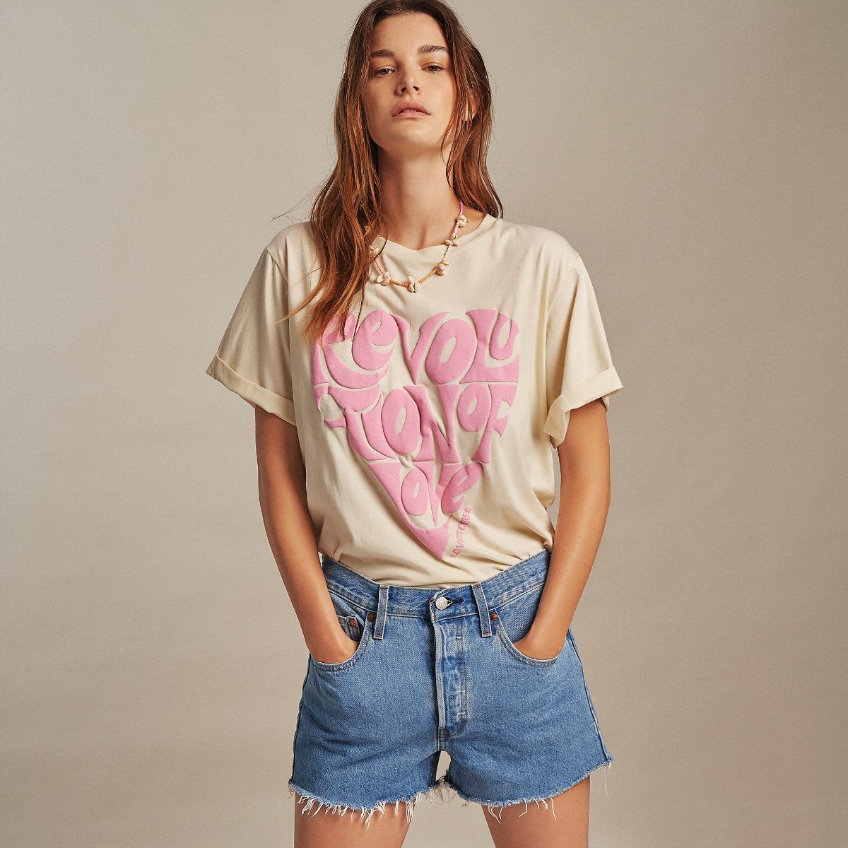 Love stories Josie T-Shirt